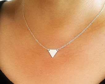 Triangle sterling silver necklace - Geometric necklace - Triangle jewelry - Delicate necklace - Minimalist Jewelry