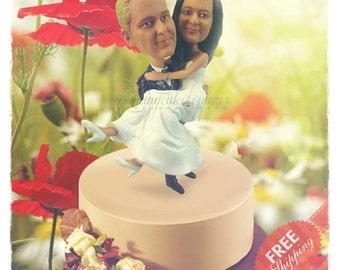 Romantic wedding cake topper Custom cake topper Bride and groom cake toppers Minime doll Personalised cake topper Unique wedding cake topper