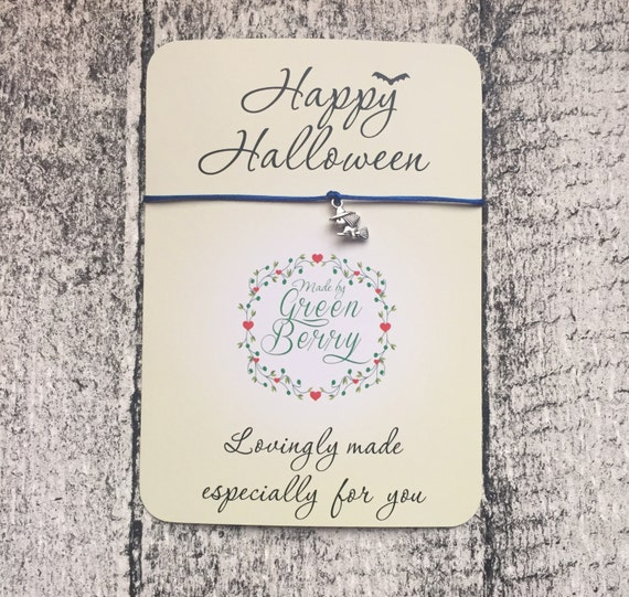 "Witch charm String Bracelet on ""Happy Halloween"" quote card scary madebygreenberry wish bracelet"