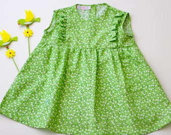 Sleeveless summer dress for kids