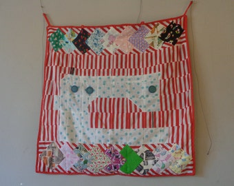 Sewing machine wall hanging in patchwork