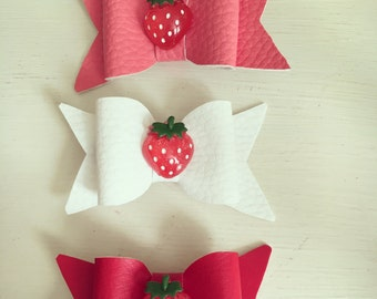 Strawberry bows