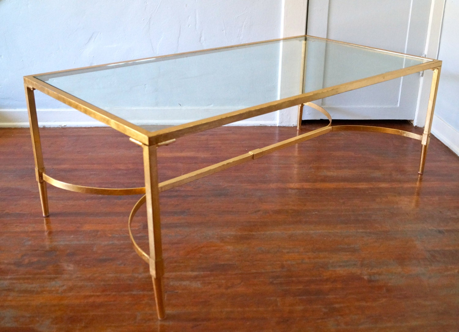 Gorgeous mid century hollywood regency coffee table in brass - Table basse vitre ...
