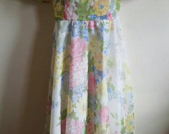 Stunning summer meadow 70s maxi dress