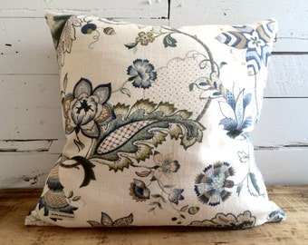"Pillow cover ""Floral blue & white, beige cuffed"" linen, size: 22 ""x 22"