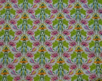 Robert Kaufman floral fabric  ( London Calling quality)