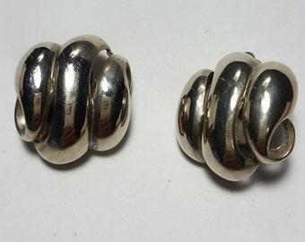 Erwin Pearl ( P.E.P.) Silver Tone On Clip Earrings /Costume Jewelry Earrings/Vintage Jewelry