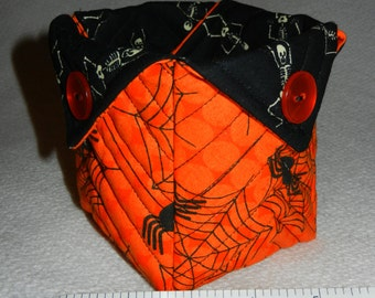 Quilted Halloween Candy Bowl, (Spiders & Skeletons) - READY TO SHIP!!