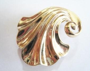 Gold Tone Trifari Pin