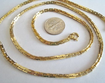 Gold Tone Chain  ( chain only )