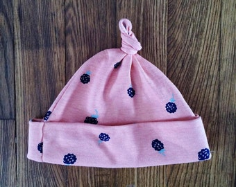 Top Knot Organic Knit Beanie for Infants 0-6 months