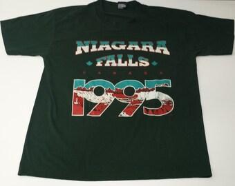 Vintage Best 50/50 1995 Niagra Falls Canada graphic souvenir tshirt size L