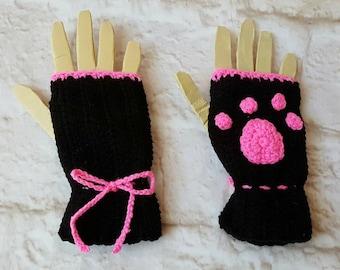 Black gloves - Paw print - Fingerless gloves - Winter gloves - Womans gloves - Crochet fingerless - Gloves with buttons - Texting gloves