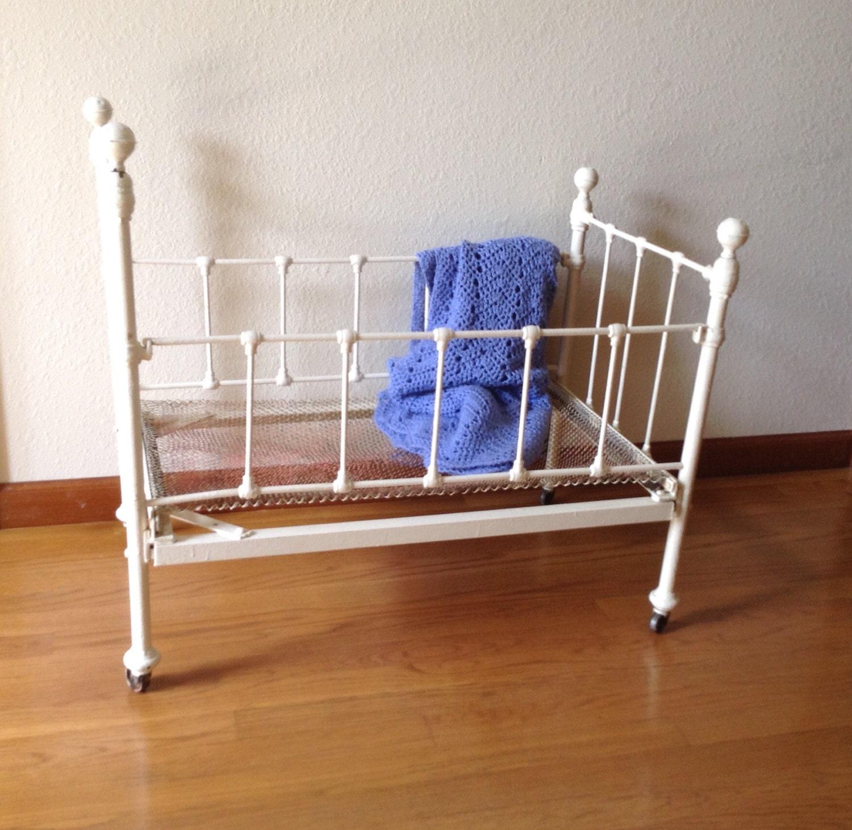 Antique Wrought Iron Baby Crib Doll Crib Vintage Crib White