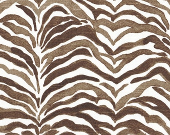 Round Tablecloth Serengeti Cafe Brown Animal Print