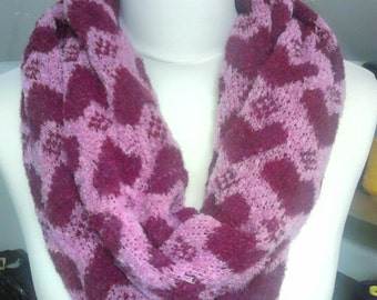 Hearts and Diamonds Merino Snood, Pink and Red