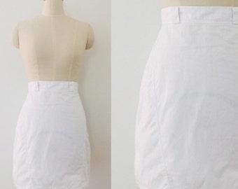 Vintage crisp white 80's pencil skirt.