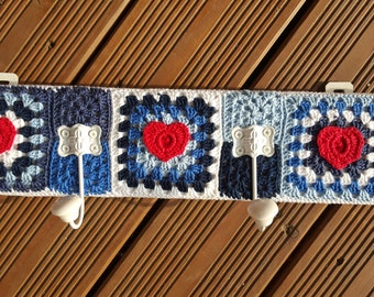 Wardrobe with Granny squares blue/white
