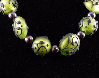 Beautiful Green Vine Beads Necklace
