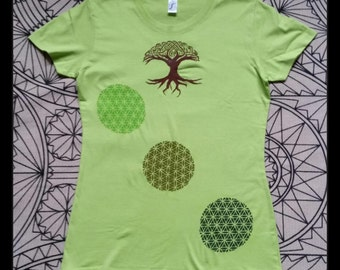 M, hand-painted T-Shirt flower of life