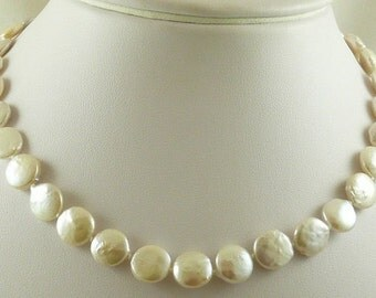 Freshwater Coin Pearl 10.6mm - 10.5mm 14k Yellow Gold Lock