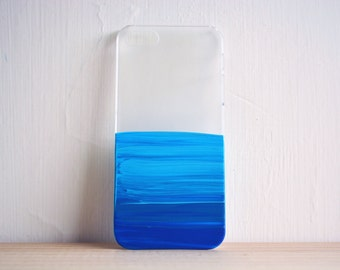 what is on your smartphone case? blue