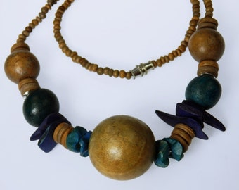 Wooden ball - necklace with wooden beads in blue - Brown