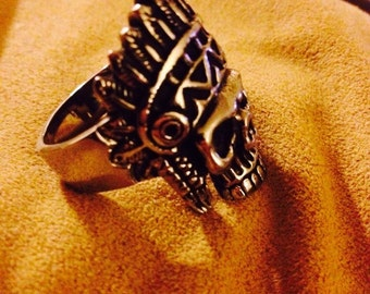 Skull Ring with Headress