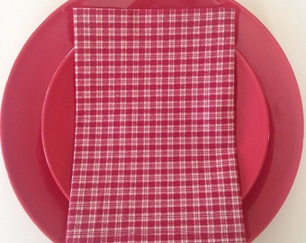 Red and White Variegated Check Cloth Napkins; Picnic Napkins; Dinner Napkins