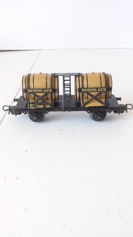Vintage marklin bordeaux ho train wine car