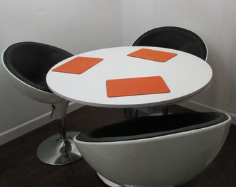 Chintaly Retro Table Plus Three Pod Chairs Atomic
