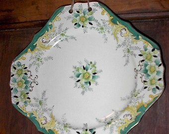 Vintage Floral Wall Hanging Plate...Fabulous Color....