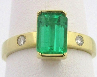 Colombian Emerald Engagement Ring 1.25 TCW-18K Gold Ring - Size 6.25 US