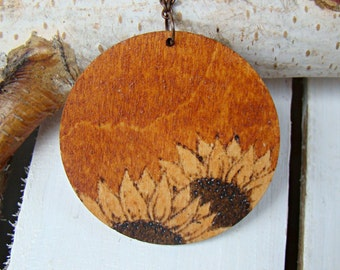 wooden pendant, wooden necklace, woodburned pendant, natural necklace, woodburned necklace, sunflowers pendant, pyrography pendant