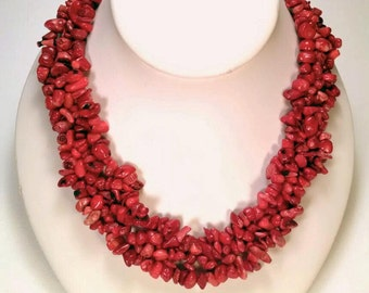 Necklace made of natural coral
