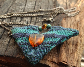 Collar triangle fabric turquoise amber