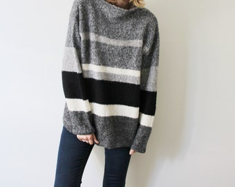 Vintage Black/Grey/White Sweater
