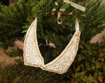 Beaded Collar Necklace with Pearls