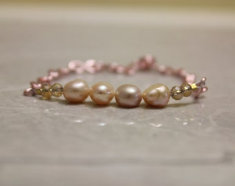 Pearly Pink Champagne Bracelet