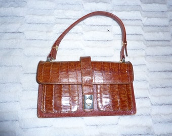 bag leather and crocodile worn hand and shoulder Jacky Kennedy years 60