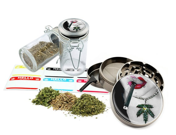 "Smoking Girl - 2.5"" Zinc Alloy Grinder & 75ml Locking Top Glass Jar Combo Gift Set Item # G022015-027"