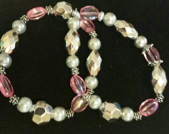Set of 2 acrylic beaded bracelets
