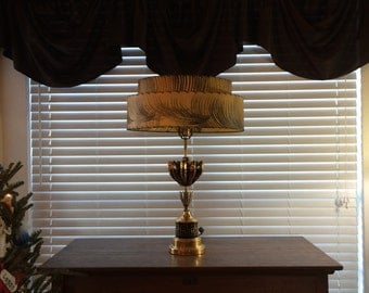 Vintage Atomic Mid Century Retro Lamp with Two-Tiered Fiberglass Shade