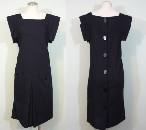 1970s does 1920s Day Dress / Drop Waist, Button Back LBD / Modern Size Small S to Medium M, 6-8