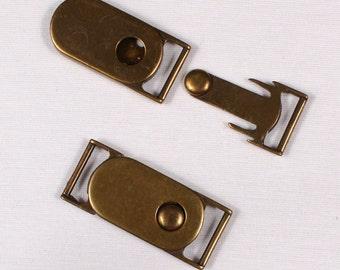 5 53x22mm belt buckles, metal, brass (3715)