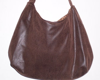 Great style/size all around purse, handbag, faux leather