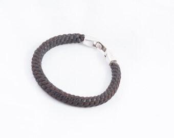 66. braided leather bracelet round