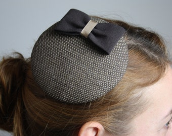 Fascinator dark brown light brown with loop