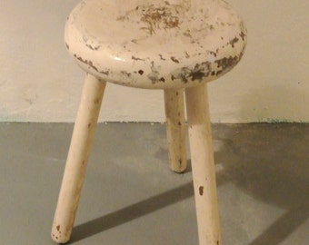 Small Shabby Chic stool in white