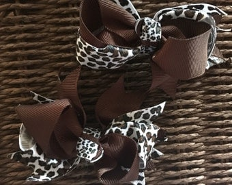 DIY Brown Leopard Bows